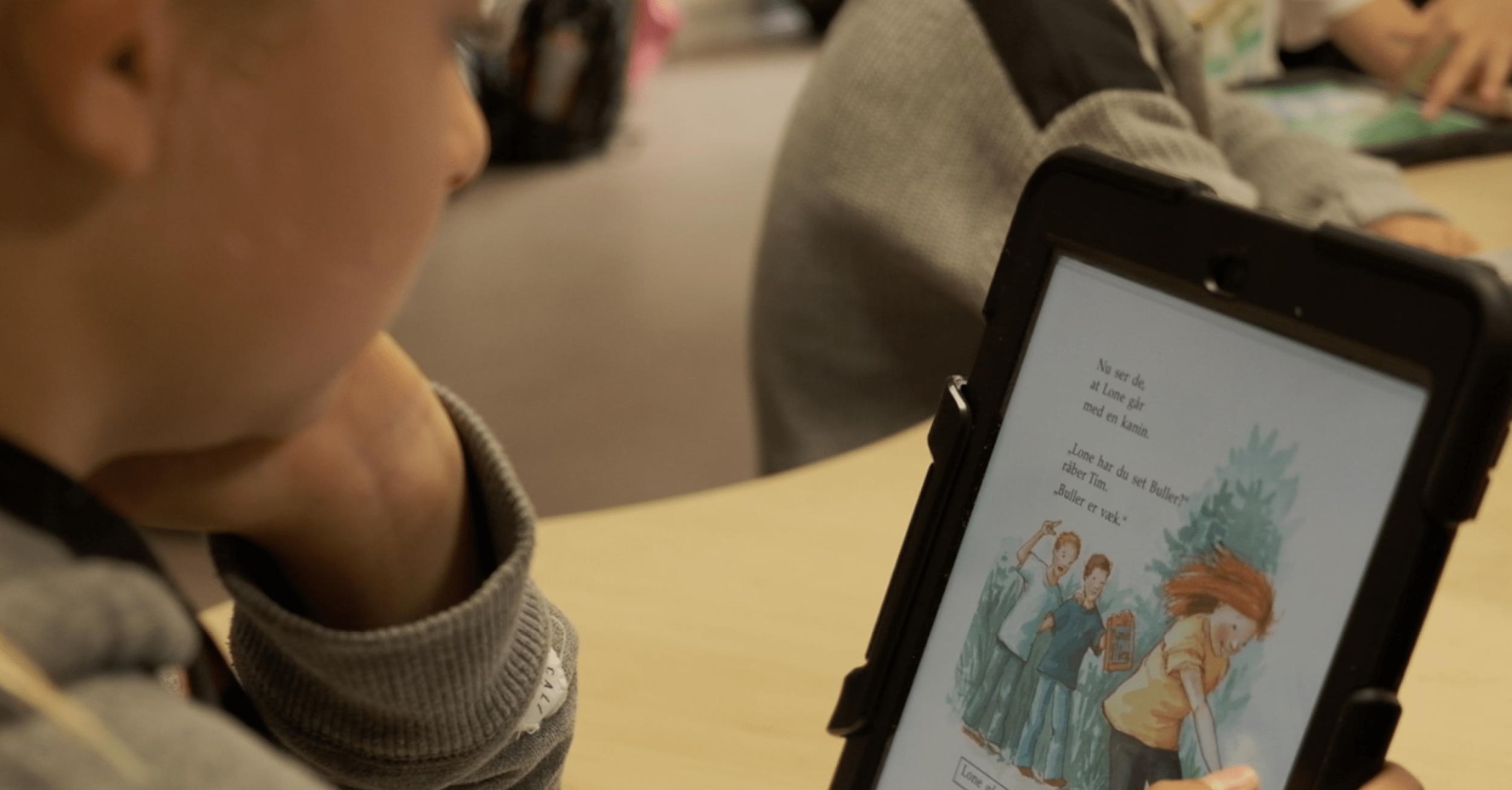 Frederik læser frivilligt i BookBites